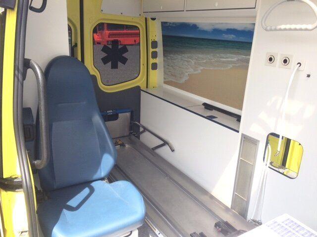 Sprinter 319 CDI Ambulance - Sprinter 319 CDI Ambulance