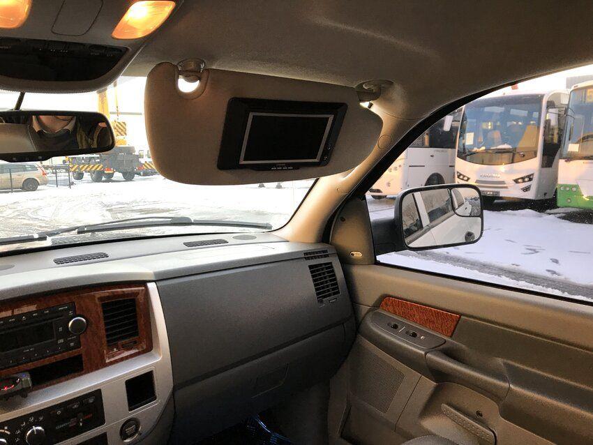RAM 3500 Mega Cab - RAM 3500 Mega Cab