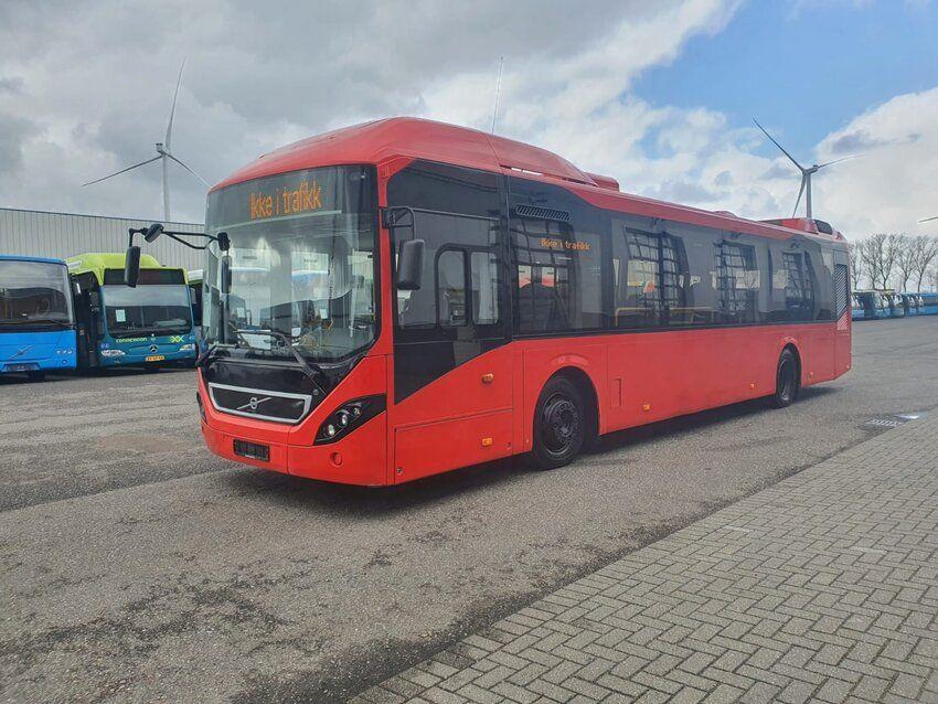 8900 H (HYBRID | EURO 5 | 2013) - 8900 H (HYBRID | EURO 5 | 2013)